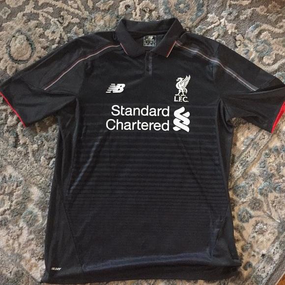 2b019d30a Liverpool Football Club New Balance Authentic. M 5c3cd882aa5719b3d430b7c4
